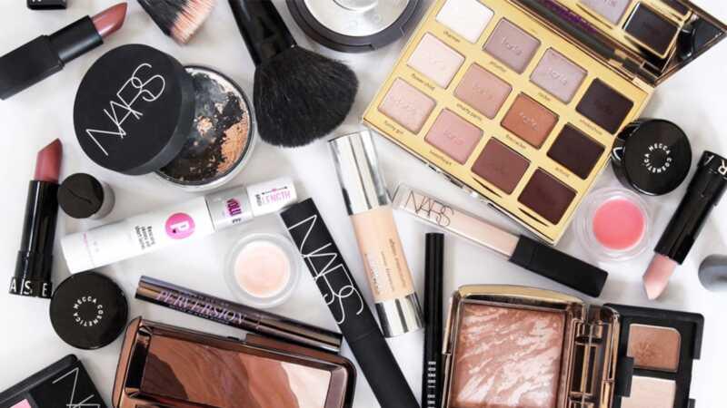 5 načina za uštedjeti novac na šminku prema reddit