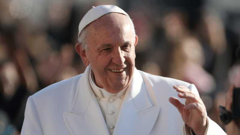 Papa je poslao poruku Donaldu Trumpu i novinarima o lažnim vestima