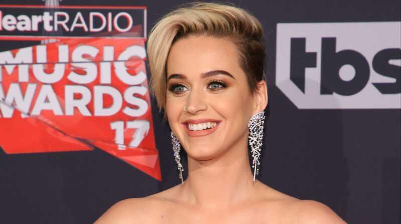Anna Katy Perrylle chill pilleri: hiukset näyttävät hyvältä, mutta se ei määritä naisellisuutta uudelleen