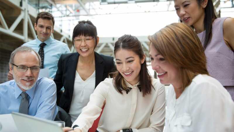 6 nasvetov za samozavestno govori na srečanjih (tudi če ste zaskrbljeni)