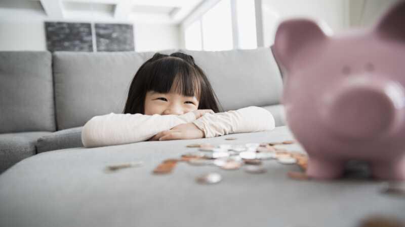 Kako razgovarati sa decom o novcu