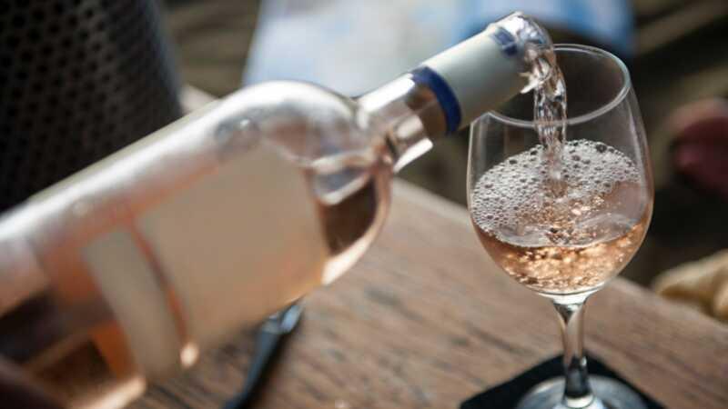 40 (áno, 40!) Vďakyvzdania vína do 20 EUR