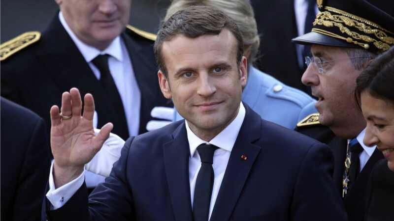 Francuski predsjednik traži Donalda Trumpa i nudi da bude naša spasiteljska Milost