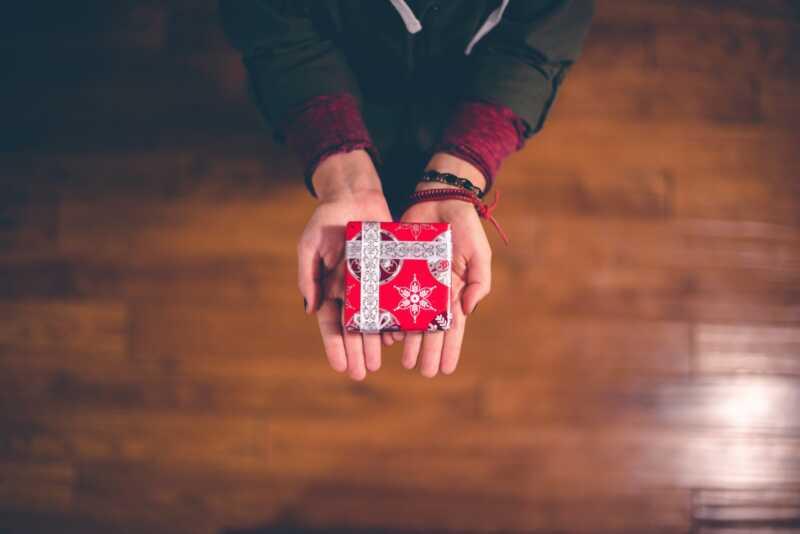 Paskutinės minutės dovanų idėjos, kurios grąžinamos labdarai