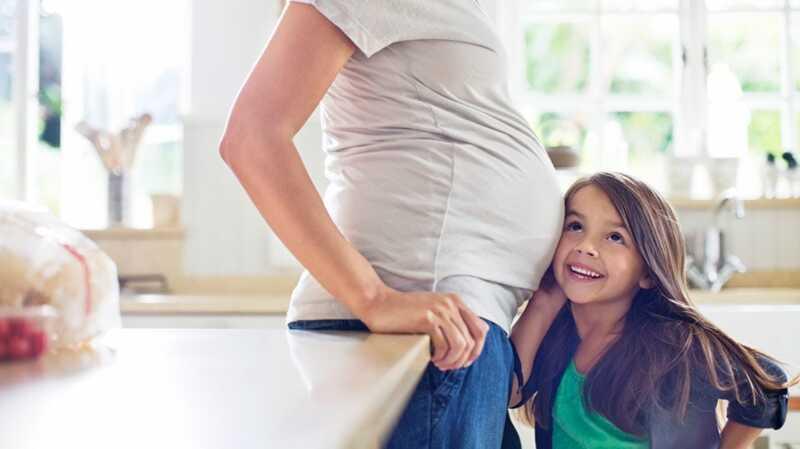 39 un grūtniecība ar resnās zarnas vēzi