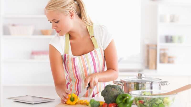 Anti-inflamatorna ishrana: zašto biste trebali pokušati i kako započeti