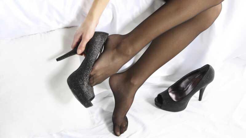 Vai augstie papēži patiešām nogalina jūsu orgasmu?