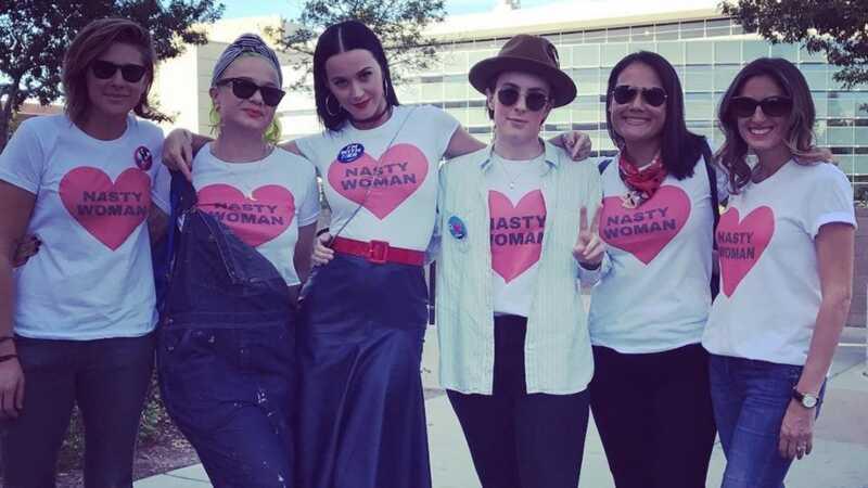 Co je třeba nosit pro ženský pochod na podporu plánovaného rodičovství