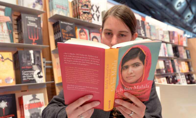5 ge böcker som din dotter behöver läsa just nu