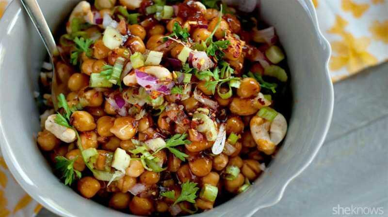 Kung pao ρεβίθια: μετατρέψτε ένα αγαπημένο κινέζικο πιάτο vegan takeout