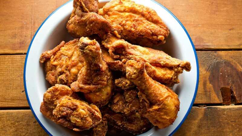 12 kruopinių viščiukų tiesos bombų, kuriuos sukūrė Martha & Snoops pietų vakarienė
