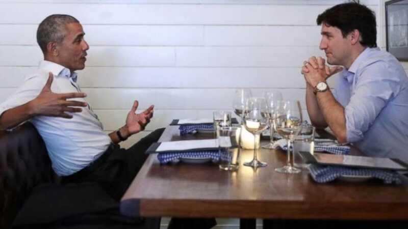 Barack Obama och Justin Trudeau hade middag, så internet kan dö glada nu