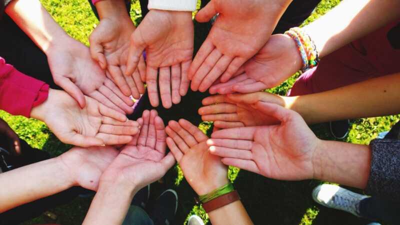 6 bendrovės, kurios padės jums padaryti labdaringą skirtumą naujųjų metų