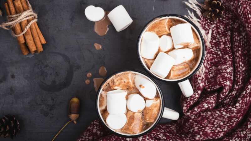 18 receitas de chocolate quente que vão mudar a maneira como você se sente sobre o inverno