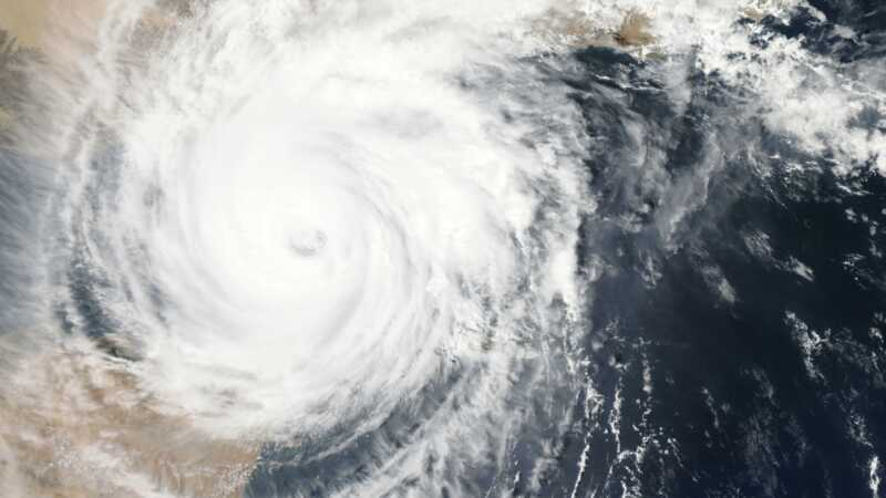 Všechno, co potřebujete udělat, abyste se připravili na svůj domov a hurikán