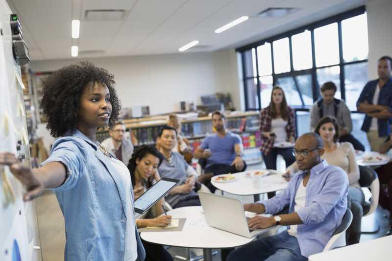 5 причини жените да поемат по-добри лидери от мъжете