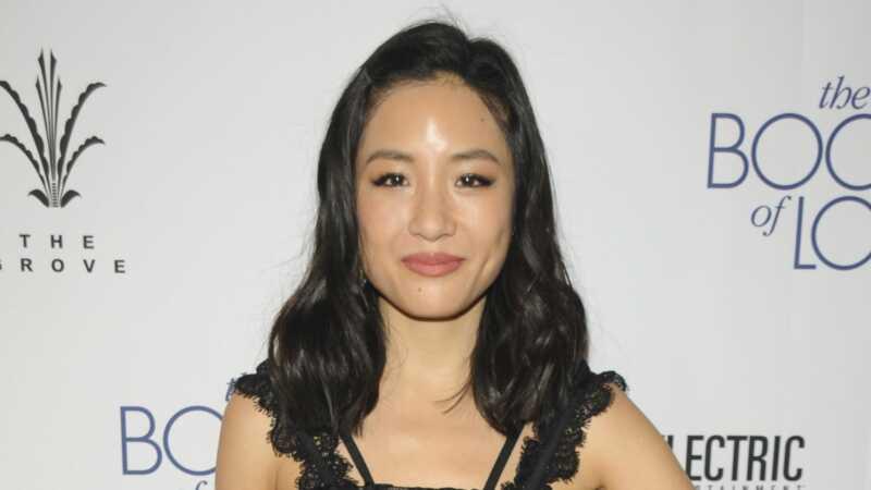 Constance Wu läheb osooridel kasei afflecki kandmiseks