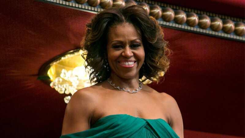 Michelle Obama apmeklēja šos cilvēkus pārsteiguma vizītē - un viņi pilnīgi izlaista