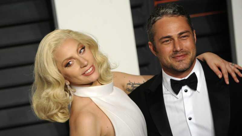 Vi är glada för Lady Gaga & hennes nya BF, men som om Taylor Kinney?