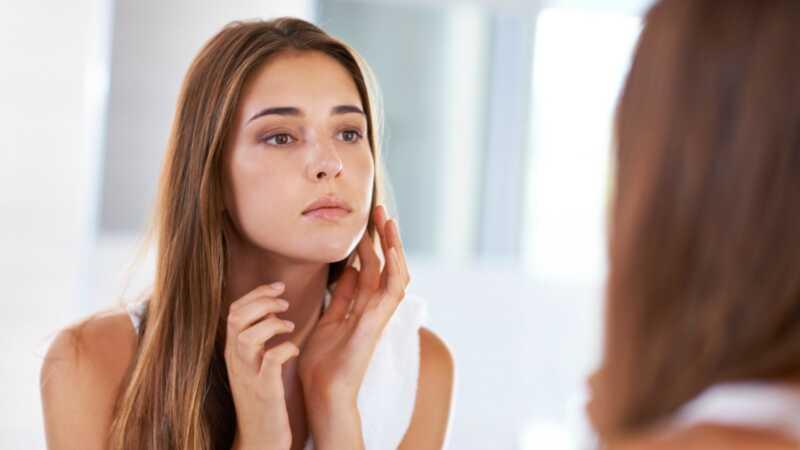 8 obiceiuri de îngrijire a pielii ar trebui să începeți să utilizați în 20 și 30 de ani